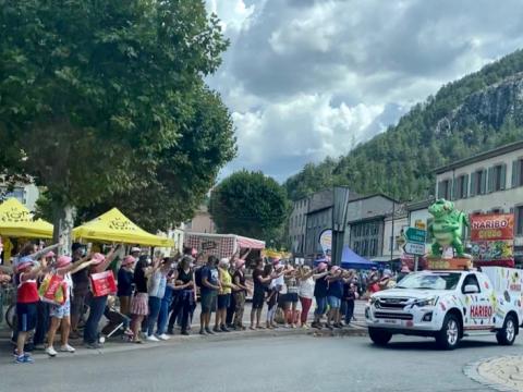 ISUZU Tour de France 2020_2.png